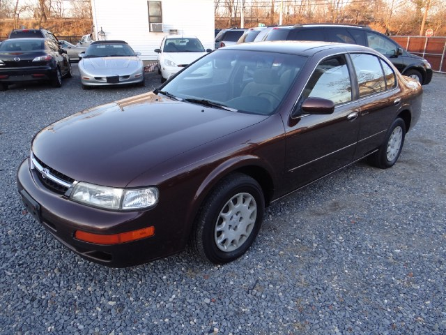 Used 1997 Nissan Maxima in West Babylon, New York