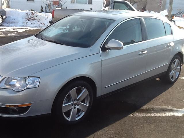 Used 2009 Volkswagen Passat Sedan in Wallingford, Connecticut