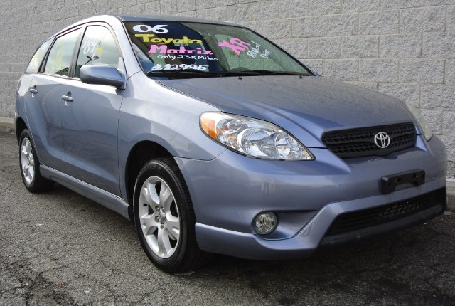 Used Toyota Matrix Xr All Wheel Drive only 23K mi 2006