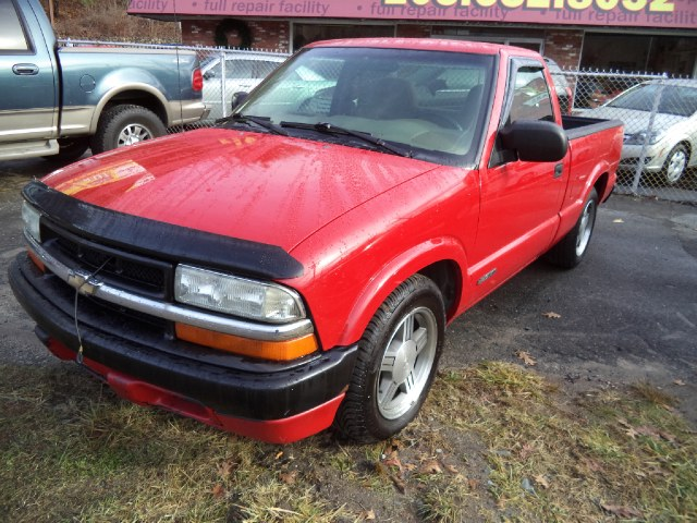 Used 1999 Chevrolet S-10 in Naugatuck, Connecticut